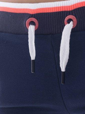 Krátké dámské tmavé modré šortky